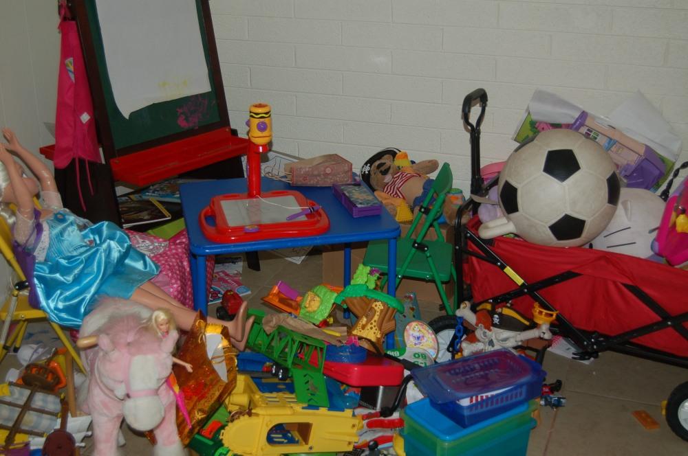 NIC toyroom